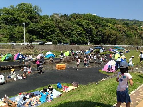神浦公園川遊び