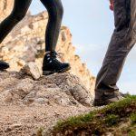 病院で踵骨棘と診断された女性の登山靴にインソール